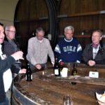 Degustation im Weinkeller